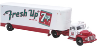 "Diamond T620 Tractor with Trailer ""Fresh Up with 7 Up""  (арт.  US52913)"